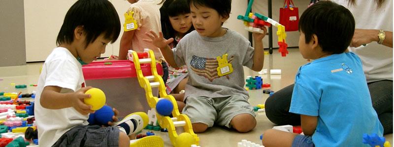 2才児ブロック遊び